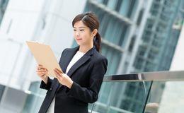 【税理士補助】働きながら税理士を目指せる環境!実務も資格取得も両立したい方必見の税理士事務所の画像