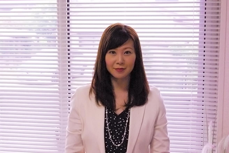 社会保険労務士の漆原香奈恵さんに聞く、努力で叶えられるキャリア形成